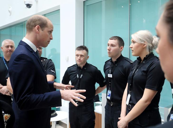 Britain's Prince William visits the headquarters of Greater Manchester Police in Manchester, Britain June 2, 2017. REUTERS/Danny Lawson/Pool