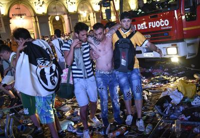 Juventus fans injured in stampede in Turin