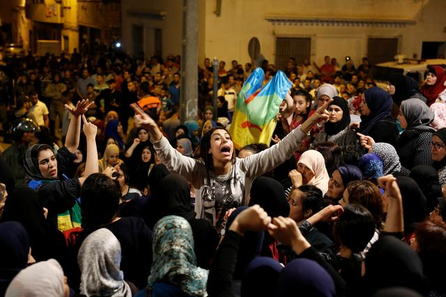 Women shout during a protest against official abuses and corruption in the town of Al-Hoceima, Morocco June 3, 2017. REUTERS/Youssef Boudlal