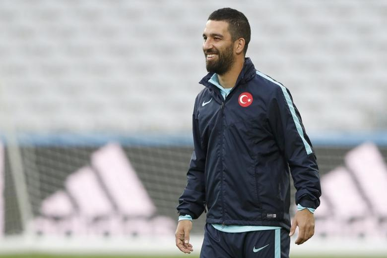 Football Soccer - Euro 2016 - Turkey Training - Stade Bollaert-Delelis, Lens, France - 20/6/16 -  Arda Turan during Turkey's training session. REUTERS/Carl Recine  Picture Supplied by Action Images