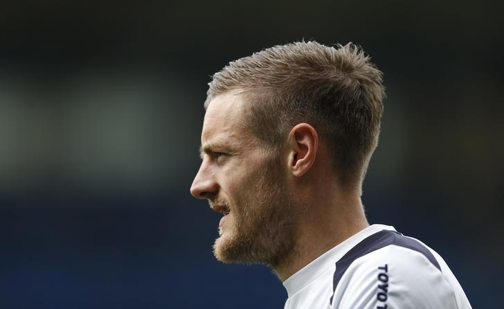 Britain Football Soccer - Leicester City v AFC Bournemouth - Premier League - King Power Stadium - 21/5/17 Leicester City's Jamie Vardy warms up before the match Action Images via Reuters / Andrew Boyers Livepic/Files
