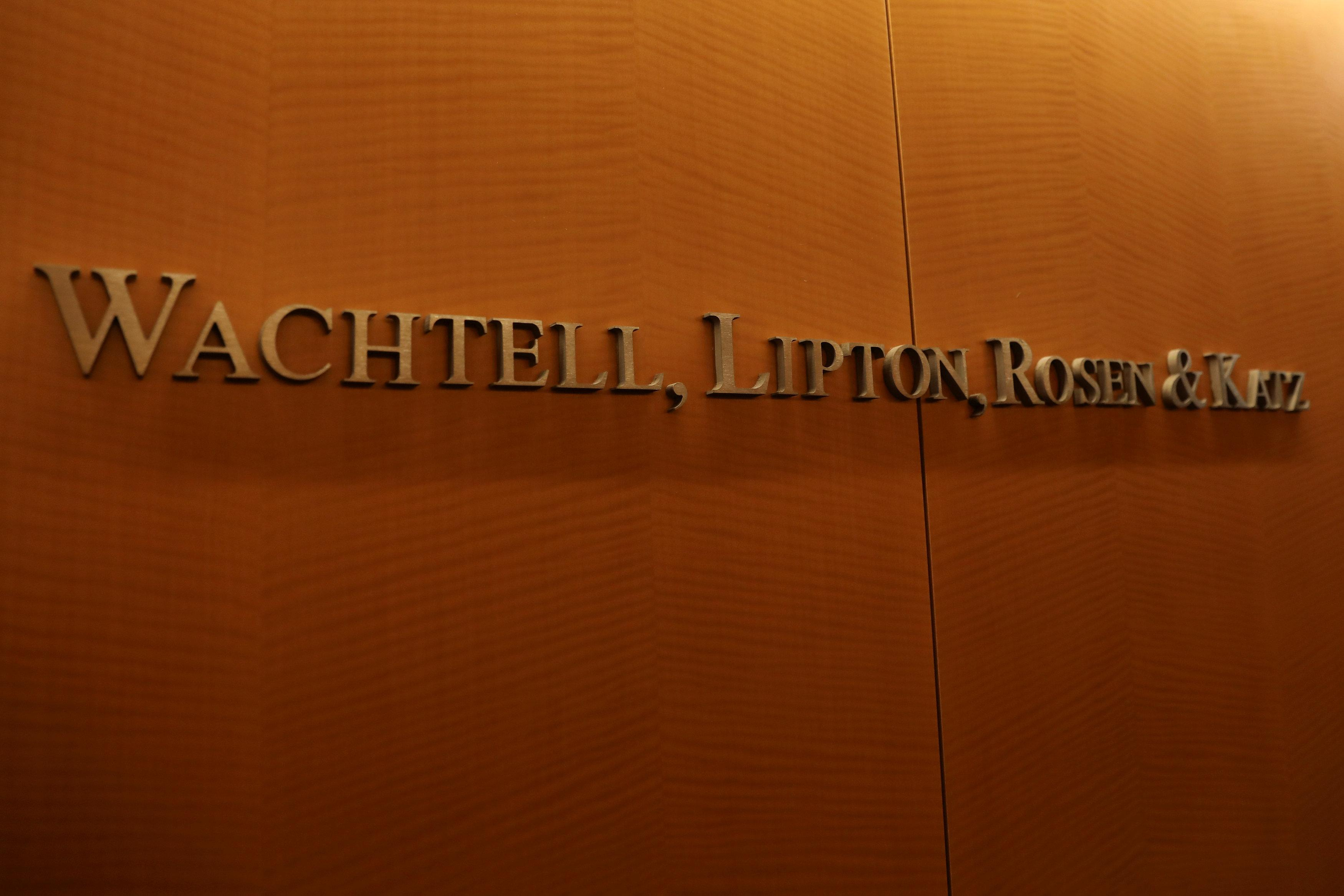 Small is lucrative for Wachtell, corporate America's legal