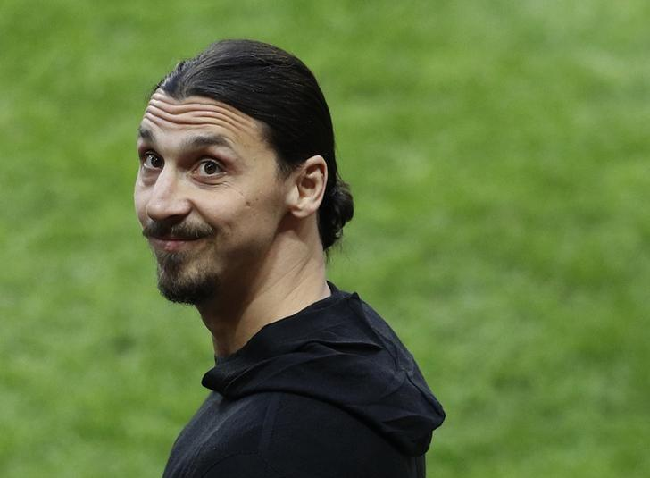 Football Soccer - Ajax Amsterdam v Manchester United - UEFA Europa League Final - Friends Arena, Solna, Stockholm, Sweden - 24/5/17 Manchester United's Zlatan Ibrahimovic pitchside before the match  Reuters / Phil Noble Livepic