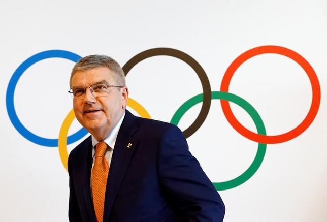 6月9日、国際オリンピック委員会(IOC)は臨時理事会で、2020年東京五輪で行う新種目として柔道混合団体やバスケットボール3人制などの採用を承認した。写真はIOCのトーマス・バッハ会長(2017年 ロイター/Denis Balibouse)