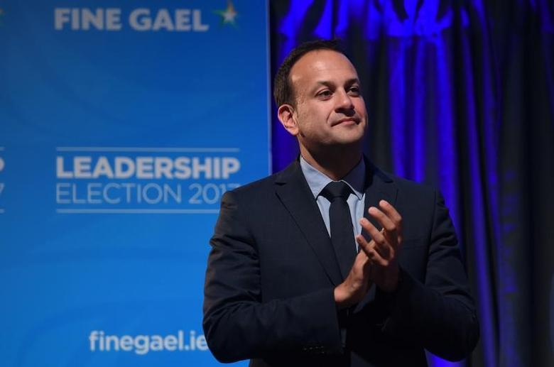 Leo Varadkar applauds on stage to make his acceptance speech at the count centre as he wins the Fine Gael parliamentary elections to replace Prime Minister of Ireland (Taoiseach) Enda Kenny as leader of the party in Dublin, Ireland June 2, 2017. REUTERS/Clodagh Kilcoyne