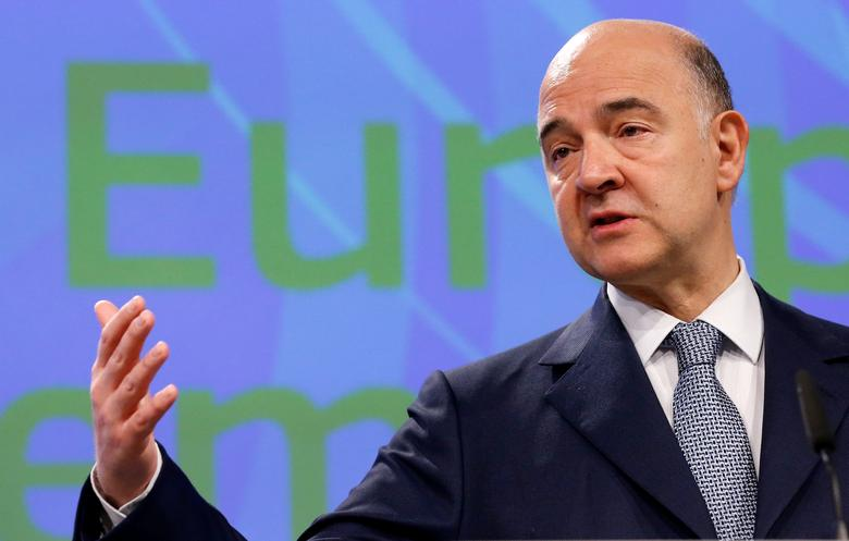 FILE PHOTO: European Economic and Financial Affairs Commissioner Pierre Moscovici addresses a news conference at the EU Commission headquarters in Brussels, Belgium May 22, 2017. REUTERS/Francois Lenoir
