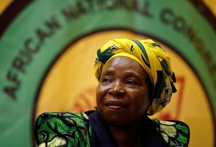 Former African Union chairperson Nkosazana Dlamini-Zuma reacts before addressing a lecture to members of the African National Congress Youth League in Durban, South Africa, April 20, 2017. REUTERS/Rogan Ward/Files