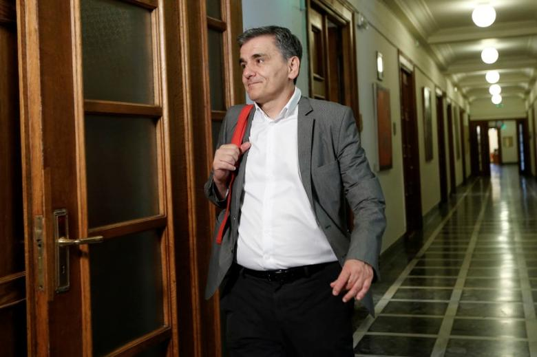 Greek Finance Minister Euclid Tsakalotos arrives for a cabinet meeting at the parliament in Athens, Greece June 13, 2017. REUTERS/Costas Baltas
