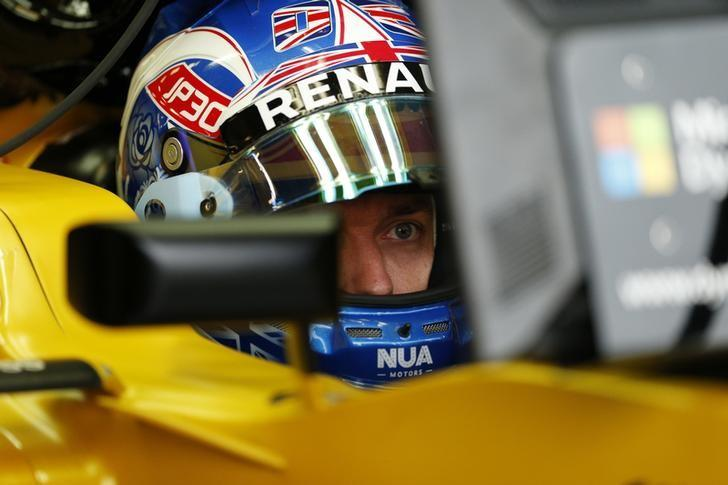 Britain Formula One - F1 - British Grand Prix 2016 - Silverstone, England - 9/7/16 Jolyon Palmer of Renault during practice Reuters / Andrew Boyers Livepic