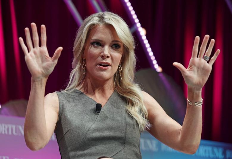 Fox News anchor Megyn Kelly speaks at Fortune's Most Powerful Women Summit in Washington October 13, 2015.  REUTERS/Kevin Lamarque  - RTS4BGQ
