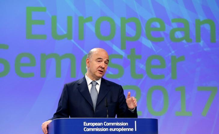 European Economic and Financial Affairs Commissioner Pierre Moscovici addresses a news conference at the EU Commission headquarters in Brussels, Belgium May 22, 2017. REUTERS/Francois Lenoir/Files