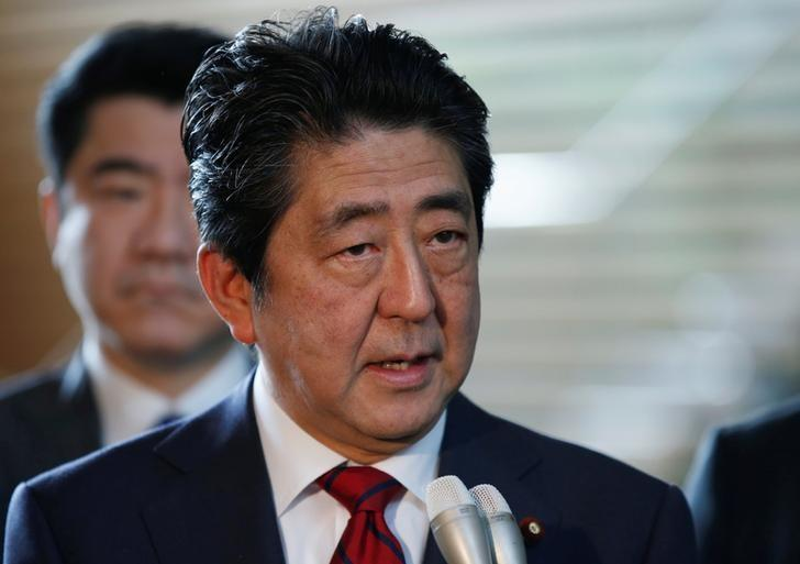 Japan's Prime Minister Shinzo Abe speaks on reports of the launch of a North Korean missile to reporters , at his official residence in Tokyo, Japan May 29, 2017. REUTERS/Toru Hanai/Files