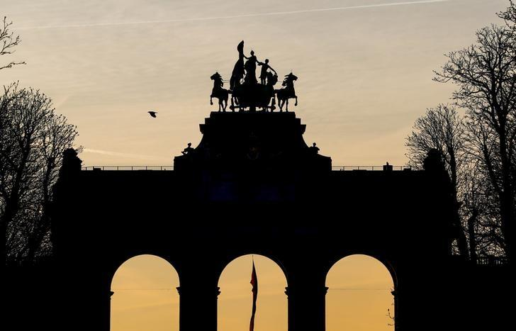 2017年3月,布鲁塞尔,黎明时分的凯旋门(Cinquantenaire arch)。REUTERS/Yves Herman