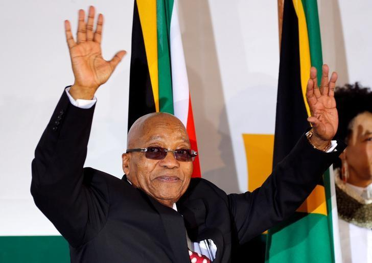 South Africa's President Jacob Zuma waves as he arrives to address the National Youth Day commemoration, under the theme ''The Year of OR Tambo: Advancing Youth Economic Empowerment'', in Ventersdorp, South Africa June 16, 2017. REUTERS/Siphiwe Sibeko