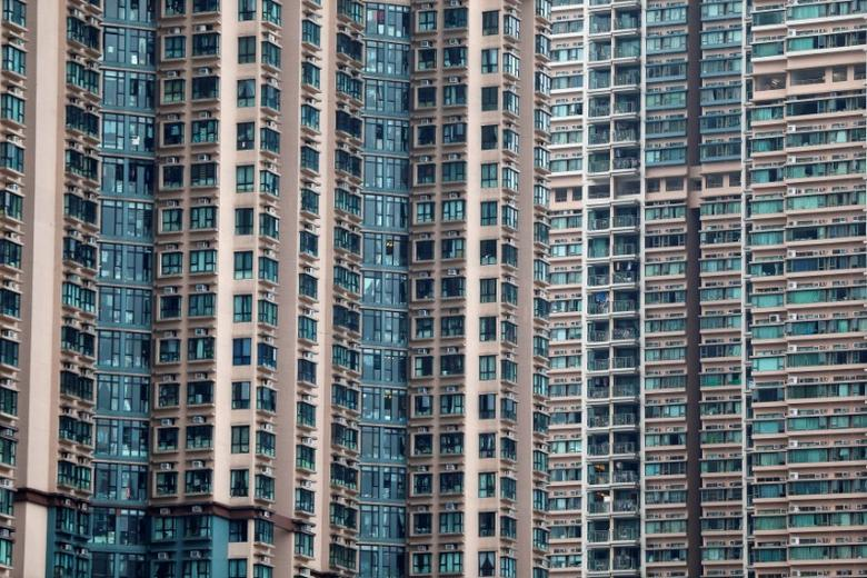 High rise private residential buildings are seen in Hong Kong, China May 21, 2017. Picture taken May 21, 2017. REUTERS/Bobby Yip