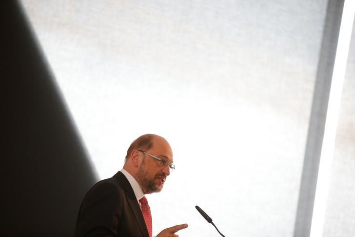 Chancellor candidate Martin Schulz of the German Social Democratic Party speaks at his party's annual economy forum in Berlin, Germany, June 13, 2017. REUTERS/Axel Schmidt