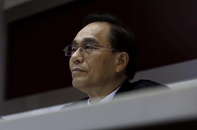 6月22日、シャープの戴正呉社長(写真)は、東芝が売却する半導体子会社について、親会社である台湾のホンハイ精密工業が引き続き出資を目指す意向だと述べた。都内で昨年3月撮影(2017年 ロイター/Tyrone Siu)