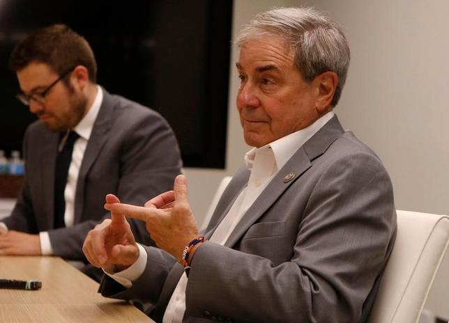 6月23日、下院予算委員会で民主党トップのジョン・ヤーマス議員(写真)は、ロイターに対し、共和党が進める税制改革が法人税改革に限定される場合、民主党は支持に回る可能性があると明らかにした。ワシントンで撮影(2017年 ロイター/Stelios Varias)