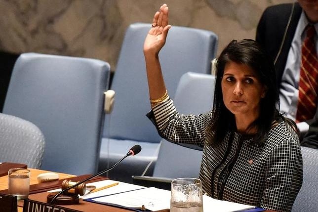 FILE PHOTO - U.S. Ambassador to the U.N. Nikki Haley votes at the Security Council meeting at the United Nations Headquarters in New York, U.S. on April 12, 2017. REUTERS/Stephanie Keith/File Photo - RTX35SJ5