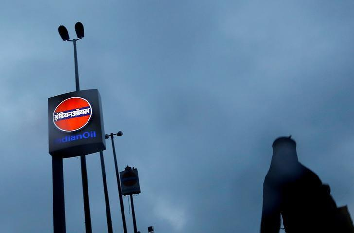 Indian Oil plans to buy North American sour crude for the