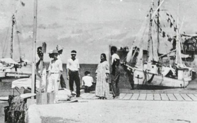 7月6日、1937年に世界1周の飛行に挑戦していた米女性パイロット、アメリア・イヤーハートが行方不明となった事件について、9日に米ヒストリー・チャンネルで放映される番組で未公開だった写真が公表され、イヤーハートがマーシャル諸島で日本軍の捕虜となったとの仮説が取り上げられる。提供写真(2017年 ロイター/ Courtesy of U.S. National Archives, Records of the Office of Naval Intelligence, Record Group 38, Monograph Files Relating to the Pacific Ocean Area, NAID 68141661)