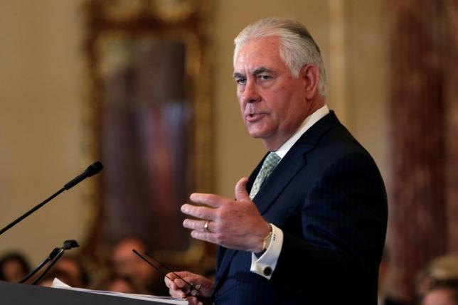 7月7日、ティラーソン米国務長官(写真)は、北朝鮮の核・ミサイル開発抑制に向けた平和的な圧力作戦が奏功しなければ、良い選択肢はそう多くは残っていないとの見解を示した。写真はワシントンで6月撮影(2017年 ロイター/Yuri Gripas)