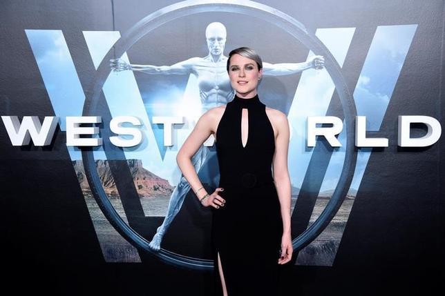 7月13日、テレビ界の最優秀作品に与えられる第69回エミー賞のノミネート作品が発表され、SFドラマ「ウエストワールド」、バラエティ番組「サタデー・ナイト・ライブ」がそれぞれ最多の22部門に選ばれた。写真はウエストワールド出演の女優エヴァン・レイチェル・ウッド。昨年9月撮影(2017年 ロイター/Phil McCarten)