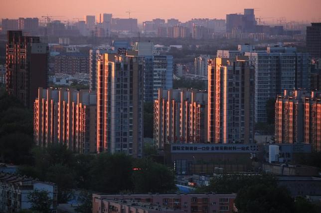 7月14日、中国国家統計局は、国内総生産(GDP)の算出方法を変更したと発表した。北京で4月撮影(2017年 ロイター)