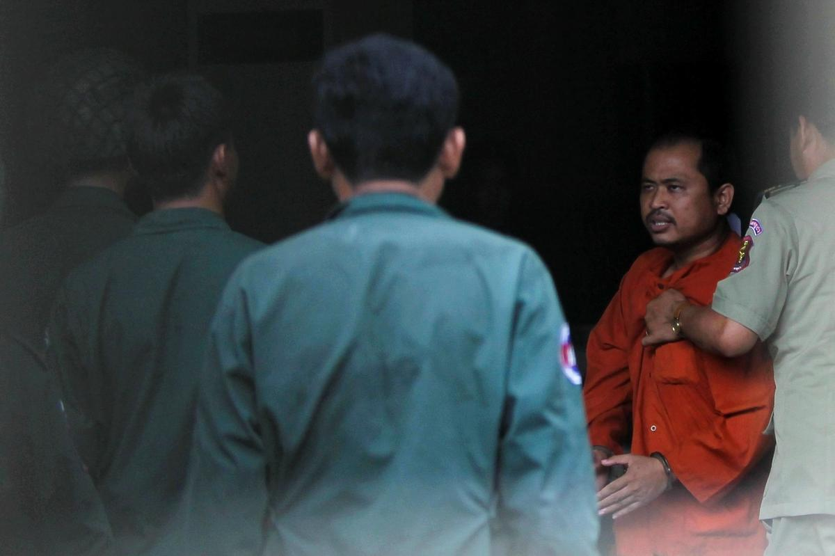 Critic of Cambodian leader jailed for 1-1/2 years for defamation