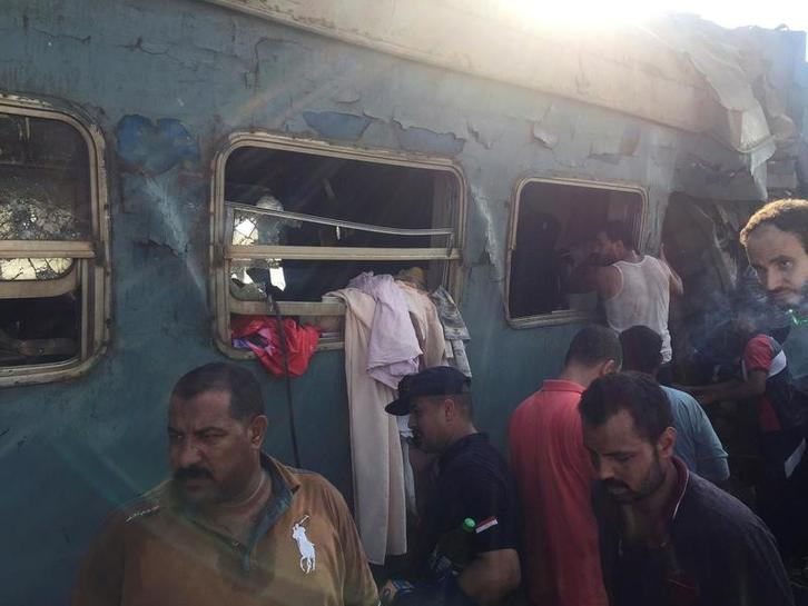 Egyptian train crews held following fatal crash, railway chief quits