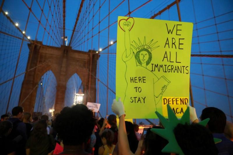 Tech companies to lobby for immigrant 'Dreamers' to remain in U.S.