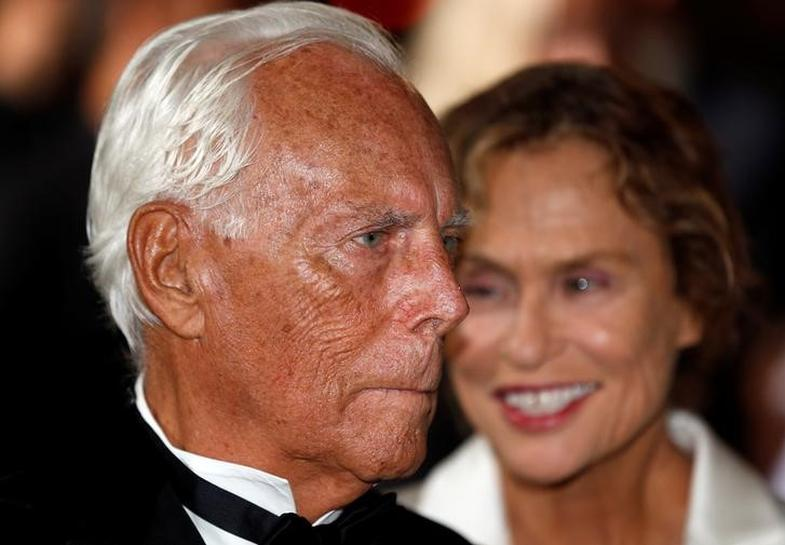 Armani plans transfer of stake in fashion firm to his foundation