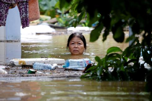 Deadly flooding in Vietnam after typhoon