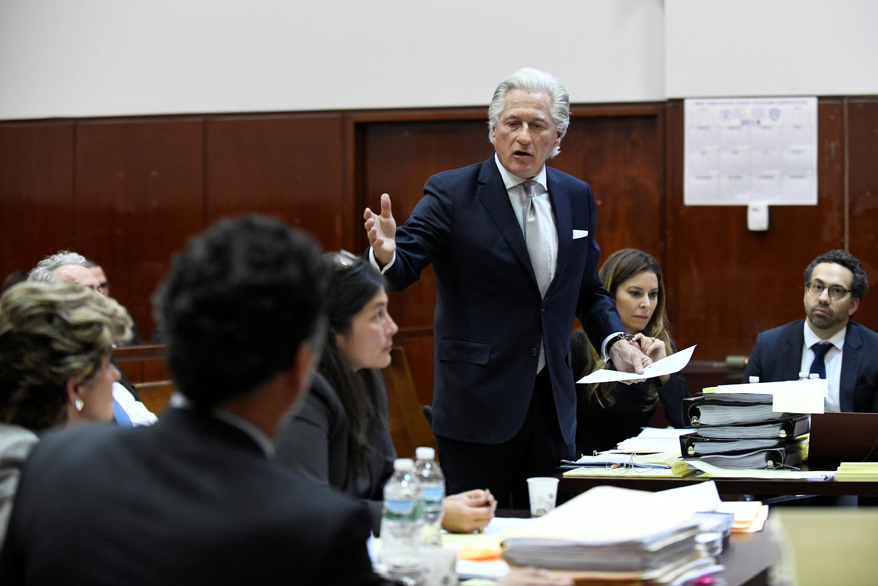 Lawyer for U.S. President Donald Trump, Marc Kasowitz, appears in court during a defamation hearing for Summer Zervos, a former contestant on The Apprentice, in New York State Supreme Court in Manhattan, New York, U.S., December 5, 2017. Barry Williams/Pool