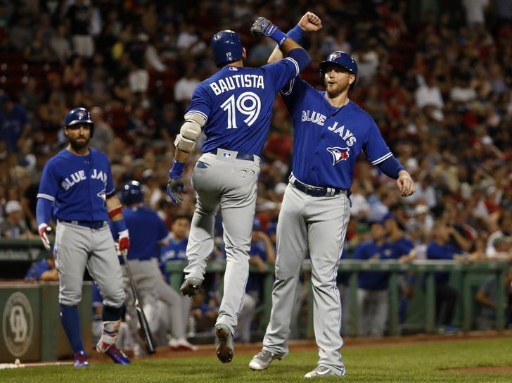 2b8f54e487c Toronto Blue Jays owner Rogers considers selling team - Reuters