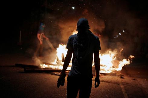 Protests continue after Honduran president re-elected