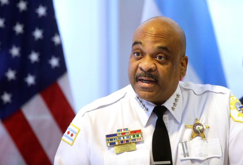 Chicago police say Facebook 'secret groups' traffic in guns