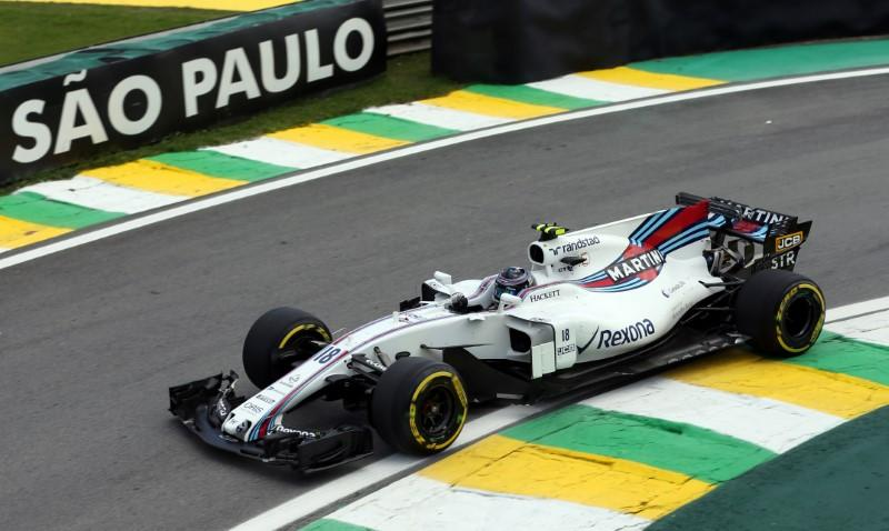 Motor racing - Williams pin their hopes on youngest line-up