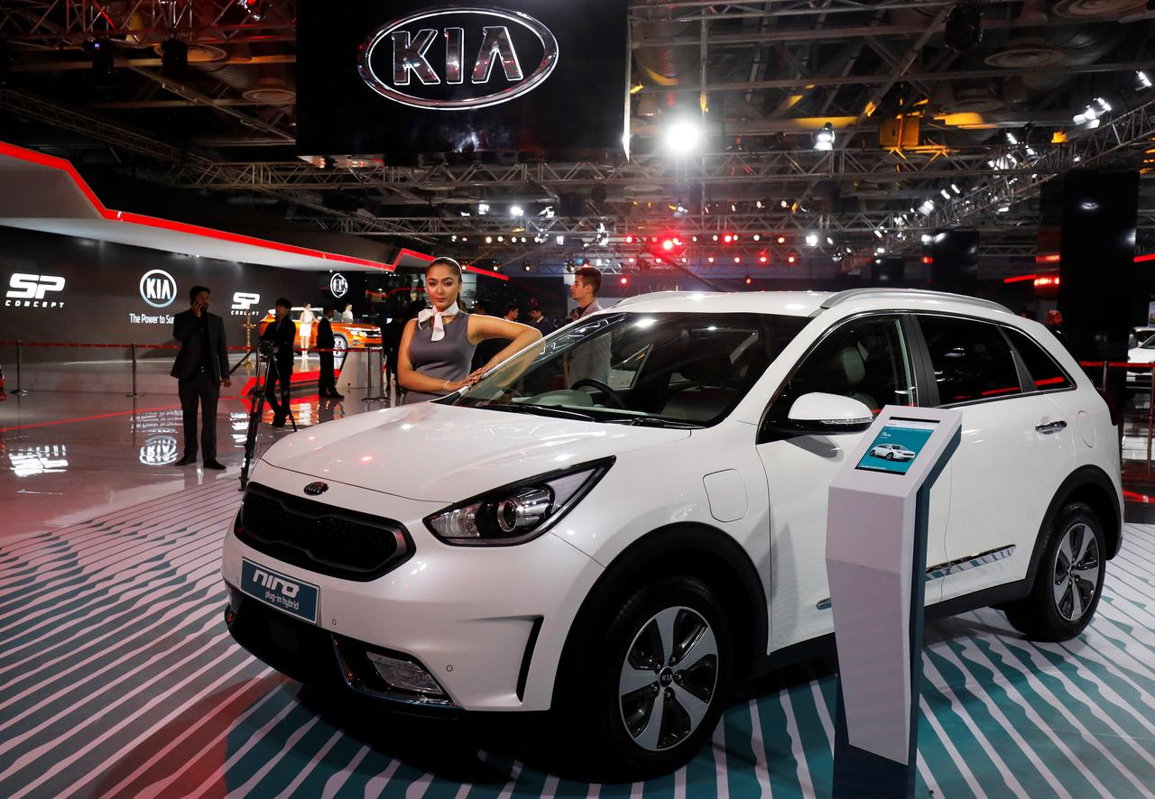 Autoshow: Kia Motors targets annual car sales of 300,000 in India ...