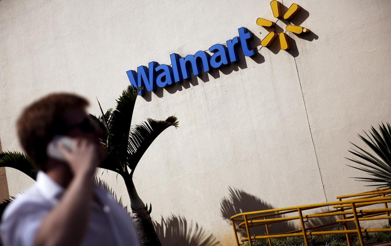 Walmart makes push to sell online goods at $10 and up to capture ...