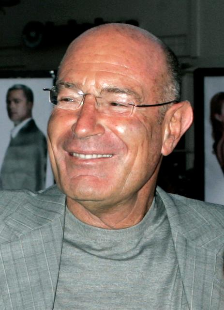 FILE PHOTO: Israeli producer Arnon Milchan of New Regency Productions is shown in Los Angeles in this June 7, 2005 file photo. REUTERS/Fred Prouser/File Photo