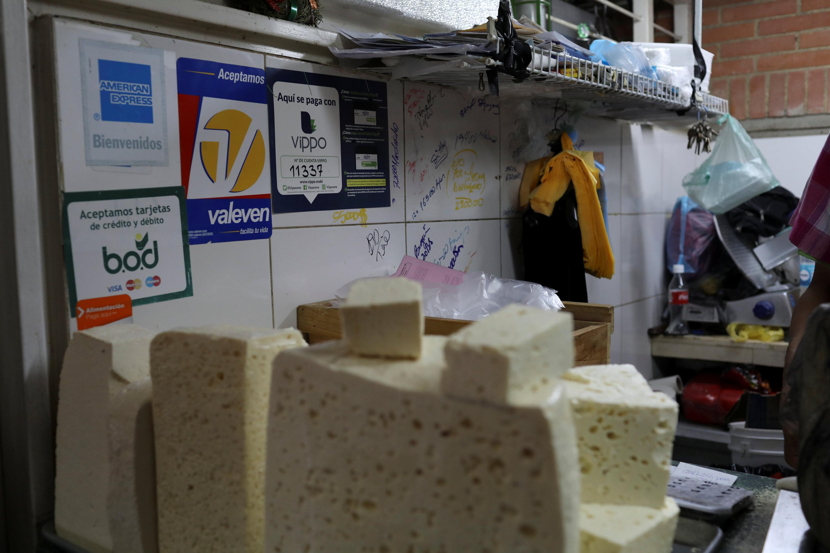 Hyperinflation meets tech: Cash-scarce Venezuela sees boom