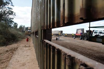 Replacing the U.S.-Mexico wall