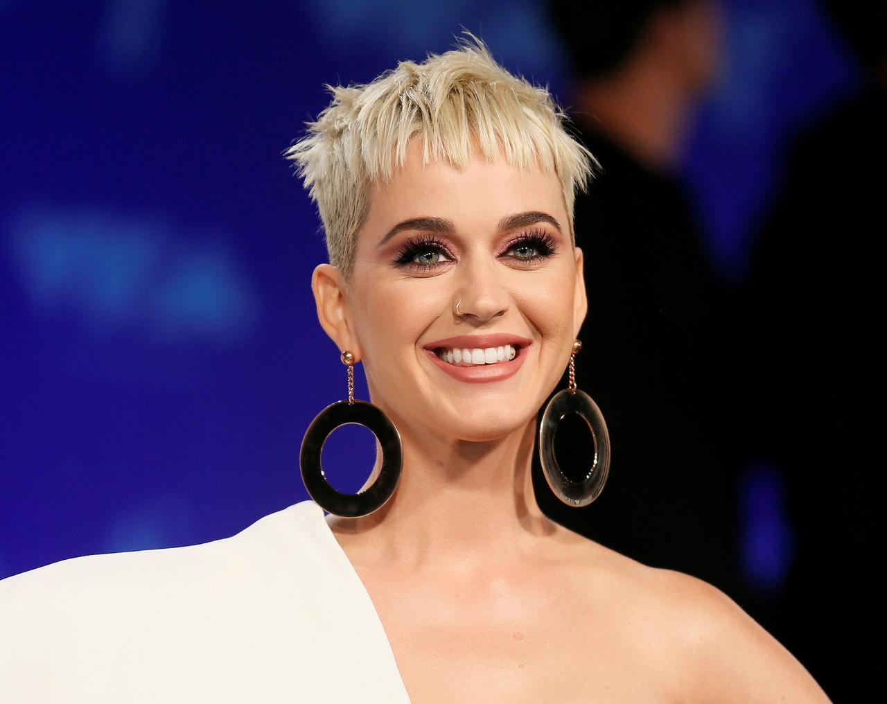 WATCH: Katy Perry Says Being Grateful and Believing That 'God is Much Bigger' Than Her Helped Her Overcome Suicidal Thoughts in 2017