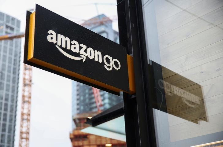 Amazon tracks repeat shoppers for line-free Seattle store - and...