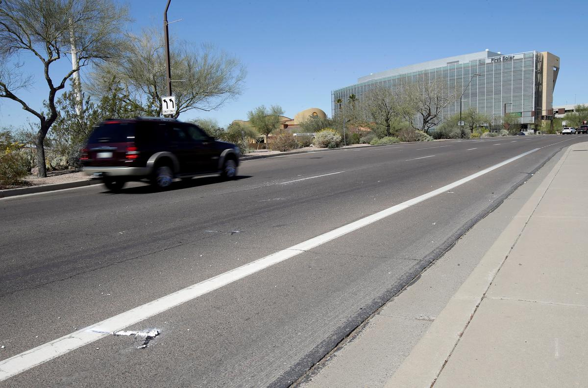 Self-driving Uber car kills Arizona woman crossing street