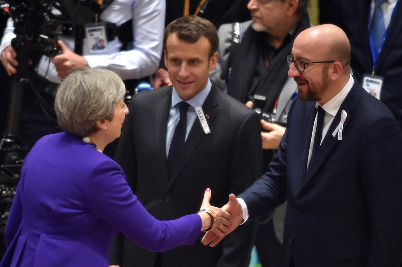 Throwing Brexit To The Wind How The Eu Rallied Around Britain Over