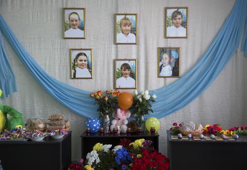 Mourning after Russia mall fire