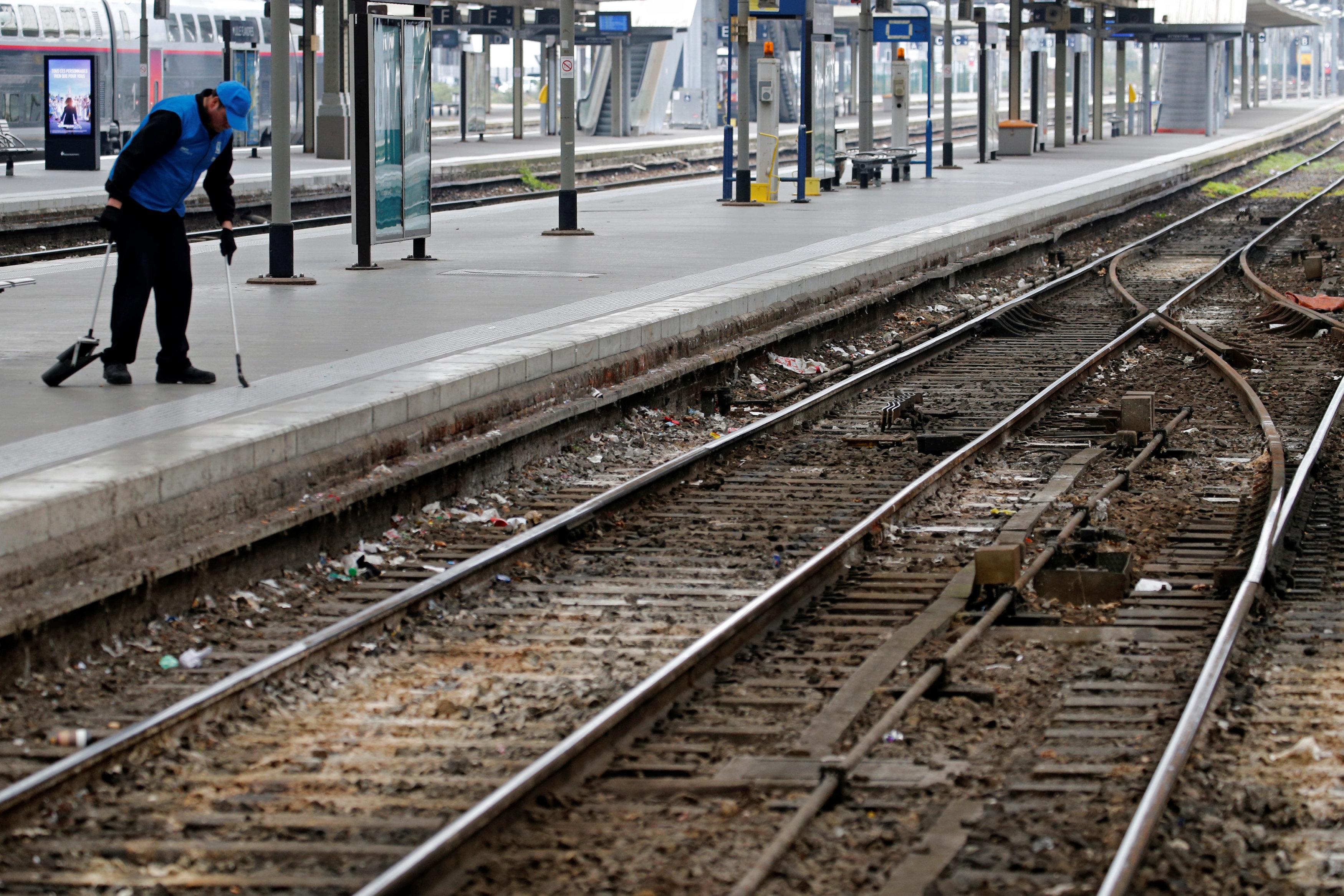 Macron's rail reforms and French union strikes