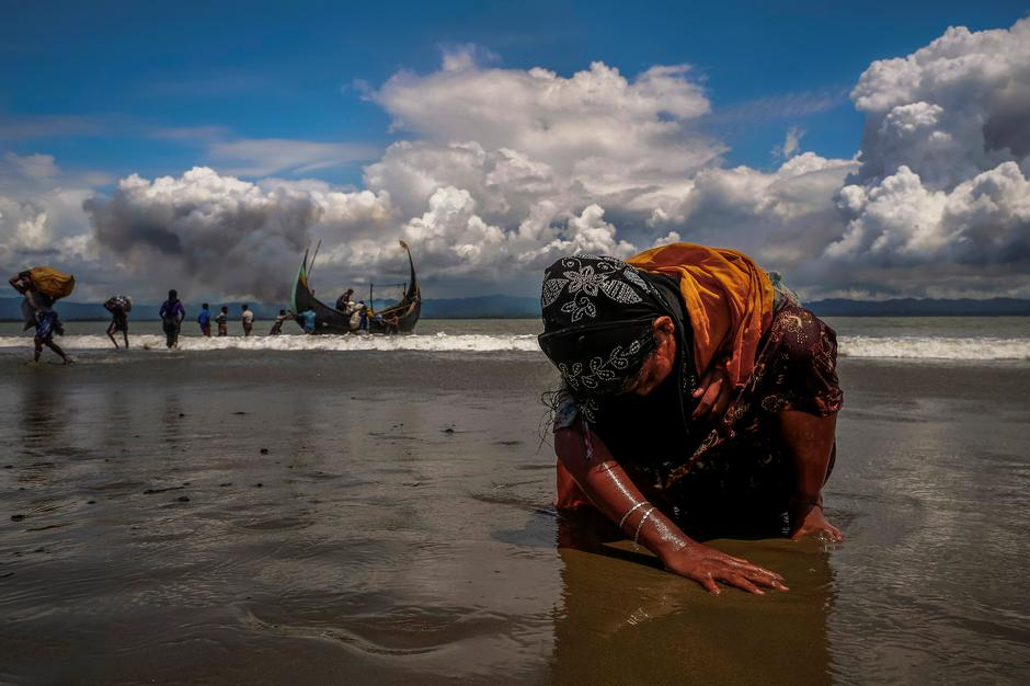 reuters wins pulitzers for philippines reporting rohingya